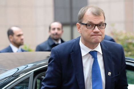Finland's Prime minister Juha Sipila arrives for an European Union leaders summit on October 20, 2016 at the European Council, in Brussels. / AFP PHOTO / THIERRY CHARLIER